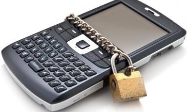Polacy i bezpieczeństwo smartfonów