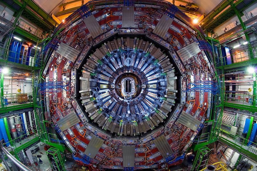CERN dzieli się swoimi badaniami