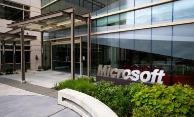 Jak Microsoft zarobi w dobie darmowego Windowsa?