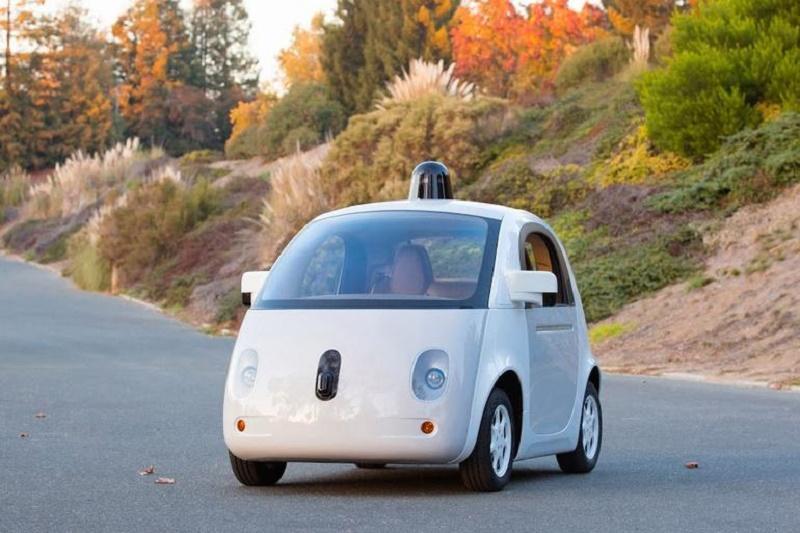 Google potrzebuje pomocy do wdrożenia autonomicznych samochodów
