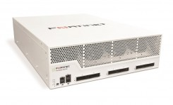 [IP]: Nowy firewall Fortinet liderem wydajności w testach Spirent
