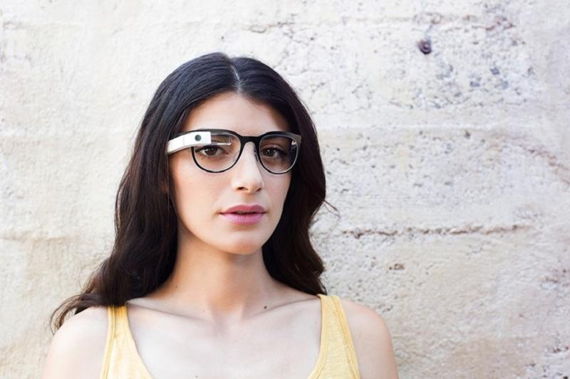 Nowe okulary od Google zaprezentuje Luxottica
