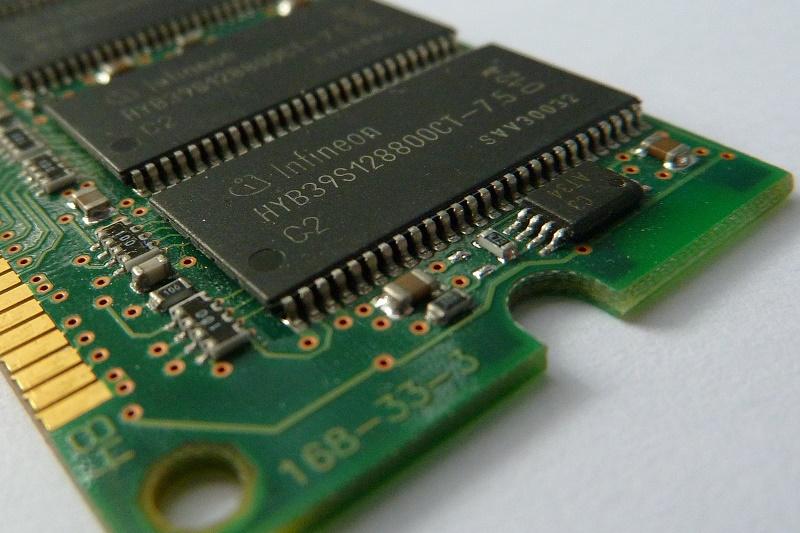 [IP]: HyperX stworzył najszybszy na świecie zestaw pamięci RAM DDR4 o pojemności128GB