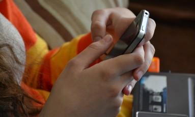 Jak sprzedawać przez kanał mobile?