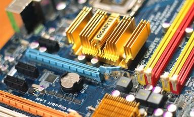 Nowoczesny komputer stacjonarny – jakie cechy powinien posiadać?