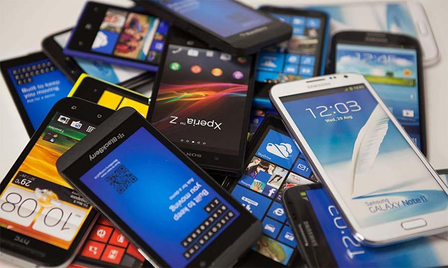 Test odporności budżetowych smartfonów