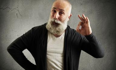 Co zrobić z siwiejącymi włosami u mężczyzn?