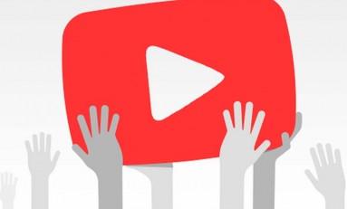 Nastolatkowie oglądają Youtube przez kilka godzin każdego dnia