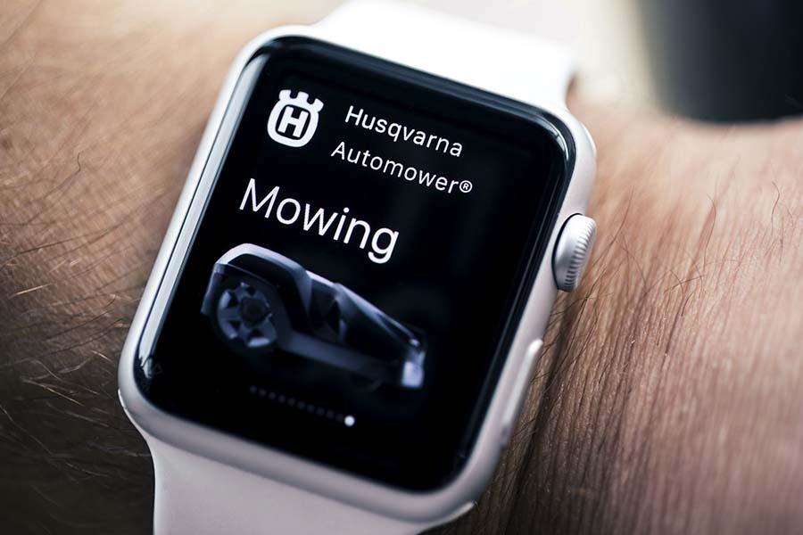 Husqvarna wprowadza na rynek aplikację na Apple Watch dla automatycznych kosiarek