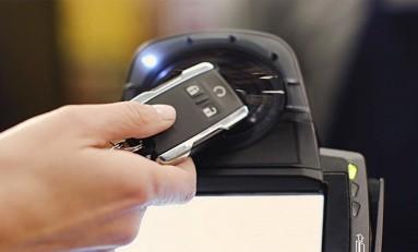Zapłać zegarkiem. Albo samochodem. Albo czym chcesz. Mastercard rozwija nowy program płatności.