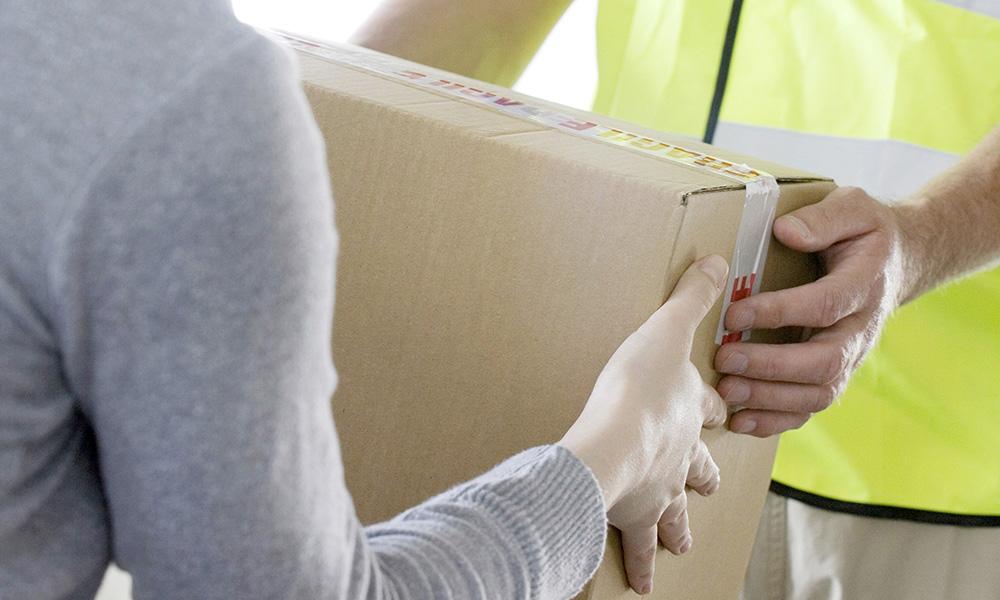 Wysyłka DHL-em w kilku krokach