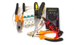 Dlaczego warto wzywać elektryka do sprawdzenia instalacji elektrycznych?