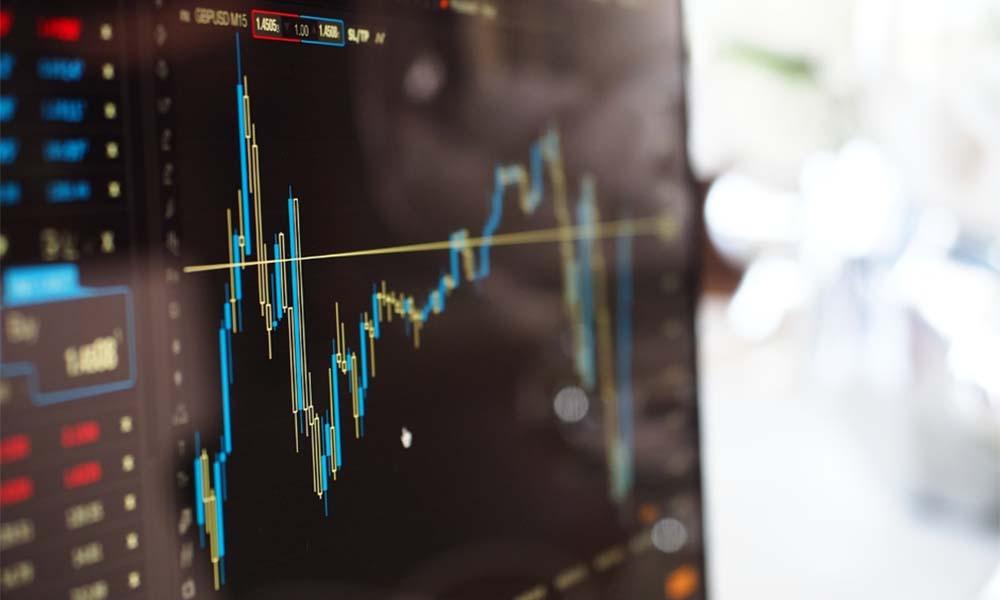 Social trading – czym różni się handlowanie od inwestowania?