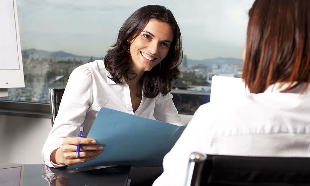 Ogłoszenia o pracę – jak je pisać, by przyciągnąć pracownika
