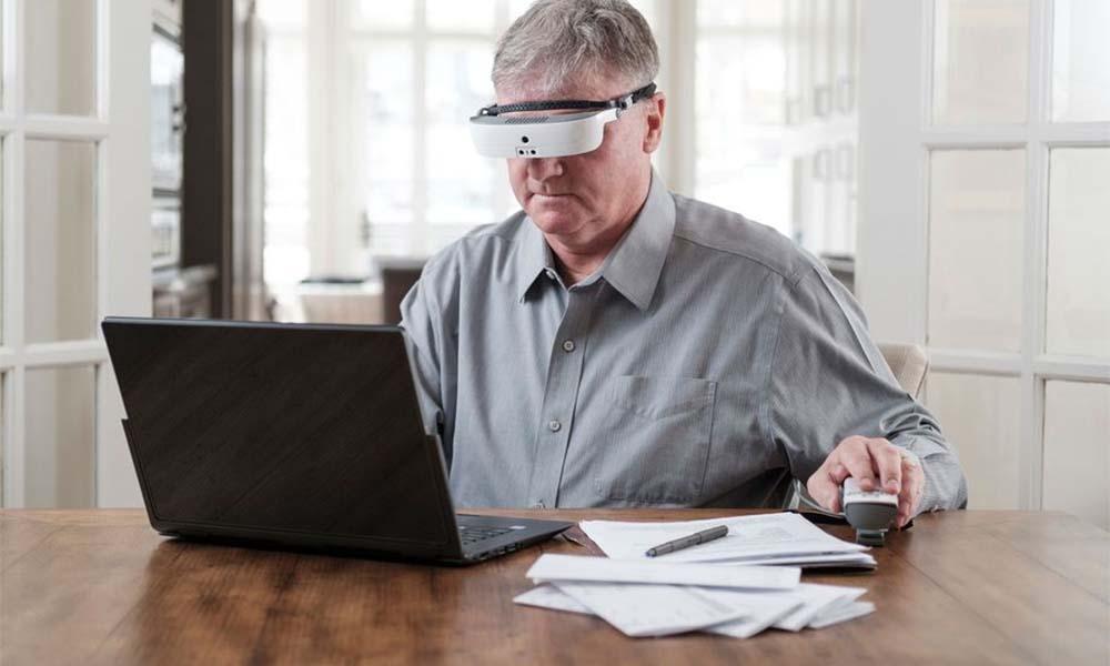 eSight 3 to zestaw poszerzonej rzeczywistości stworzony, by pomagać niedowidzącym