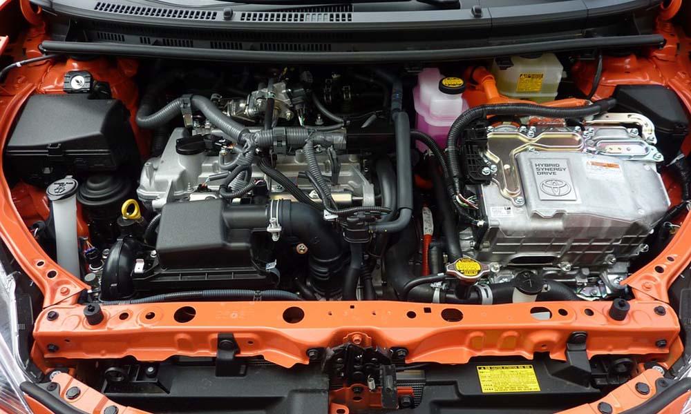Samochody hybrydowe i elektryczne – gdzie je naprawiać?