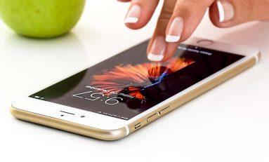 Bankowe aplikacje mobilne. Które oferują najwięcej możliwości