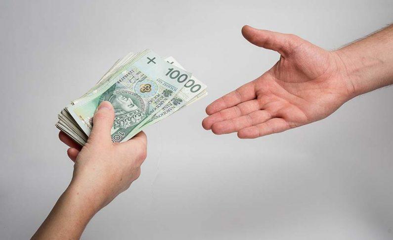 Wielkanoc i bezpłatna pożyczka - opłaca się?