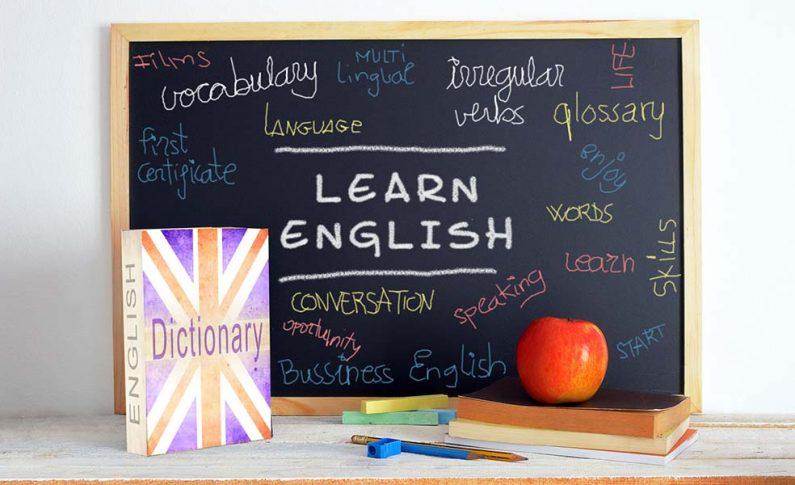 Kiedy warto uczyć się angielskiego w szkole językowej?