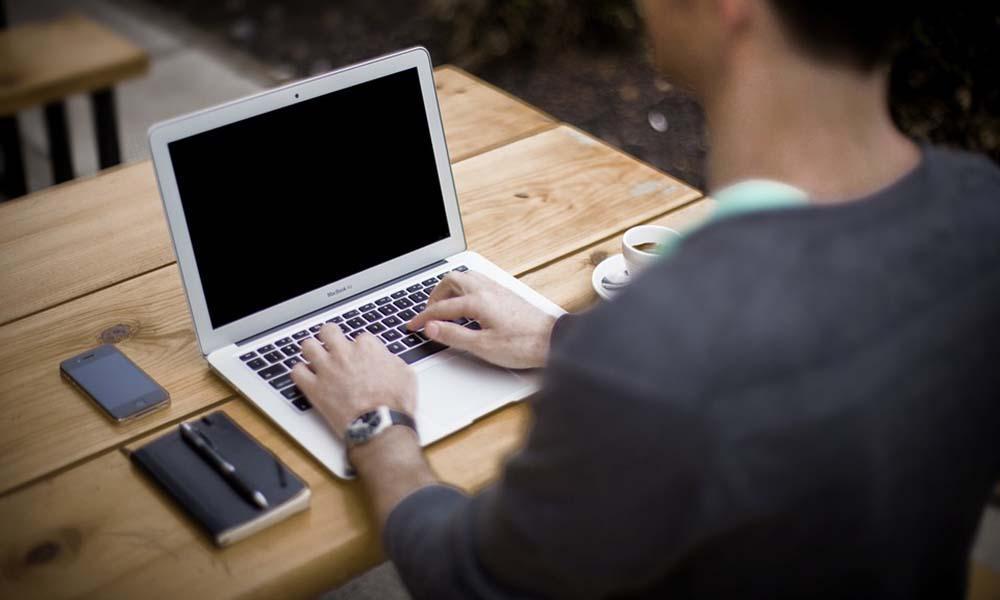 Czy warto kupić laptop poleasingowy?