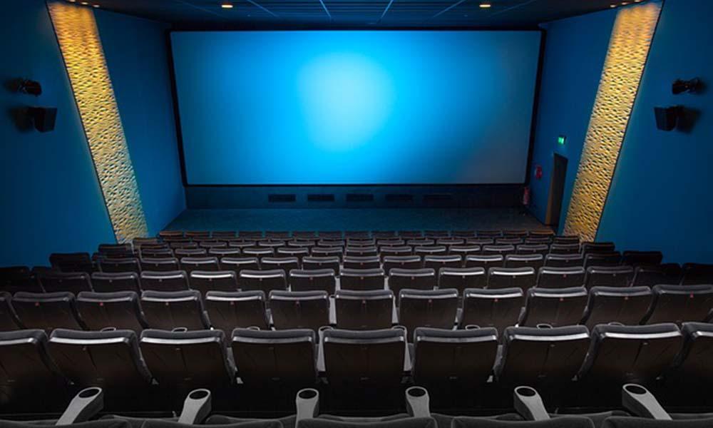 Efektywność reklamy w kinie – co wpływa na jej wysoką skuteczność?