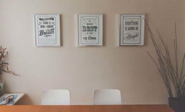 Jak stworzyć efektywny plakat reklamowy?