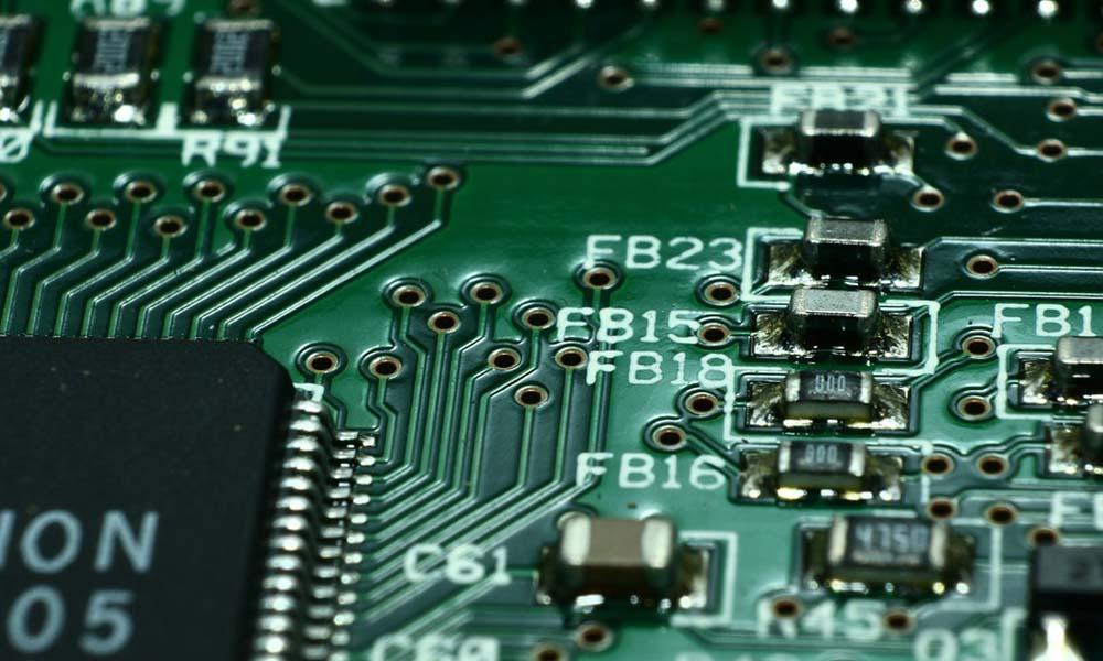 Czym jest i do czego służy mikrokontroler?