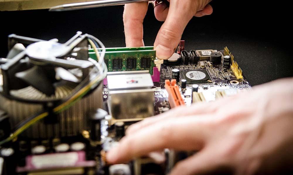 Odzyskiwanie danych z uszkodzonych komputerów Apple