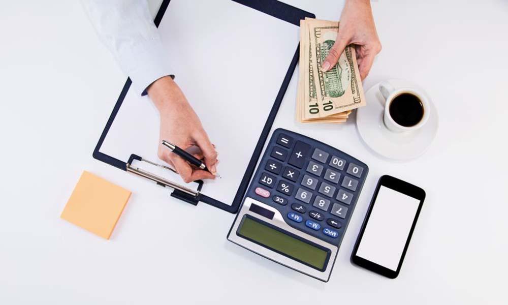 Split payment – na czym polega, jakie korzyści przynosi?