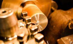 Czym zajmuje się operator CNC? Kurs programowania