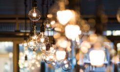 Oświetlenie sterowane telefonem - czy watro w nie inwestować?