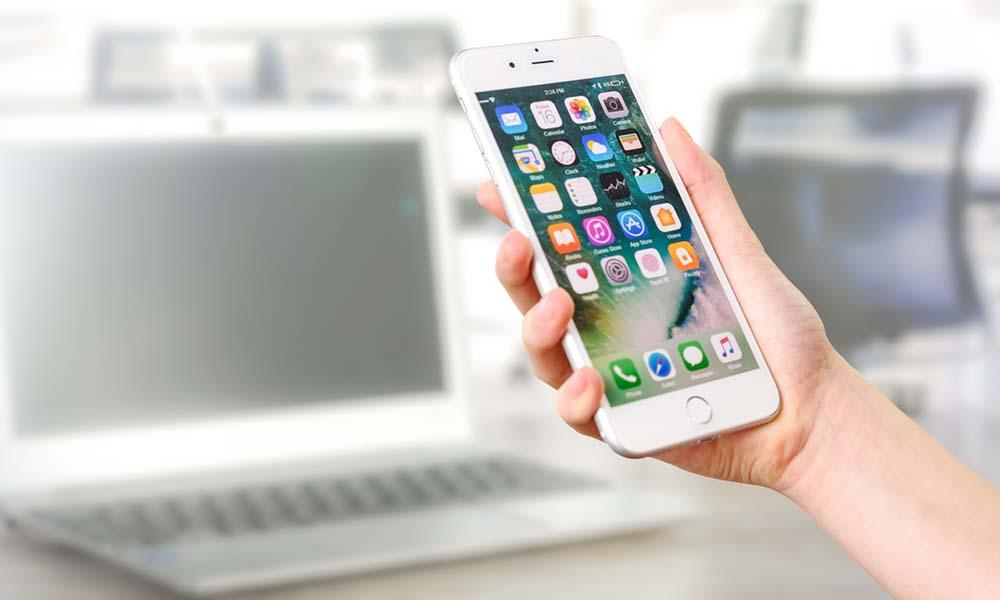 Czym są aplikacje mobilne, jak działają i kto je tworzy?
