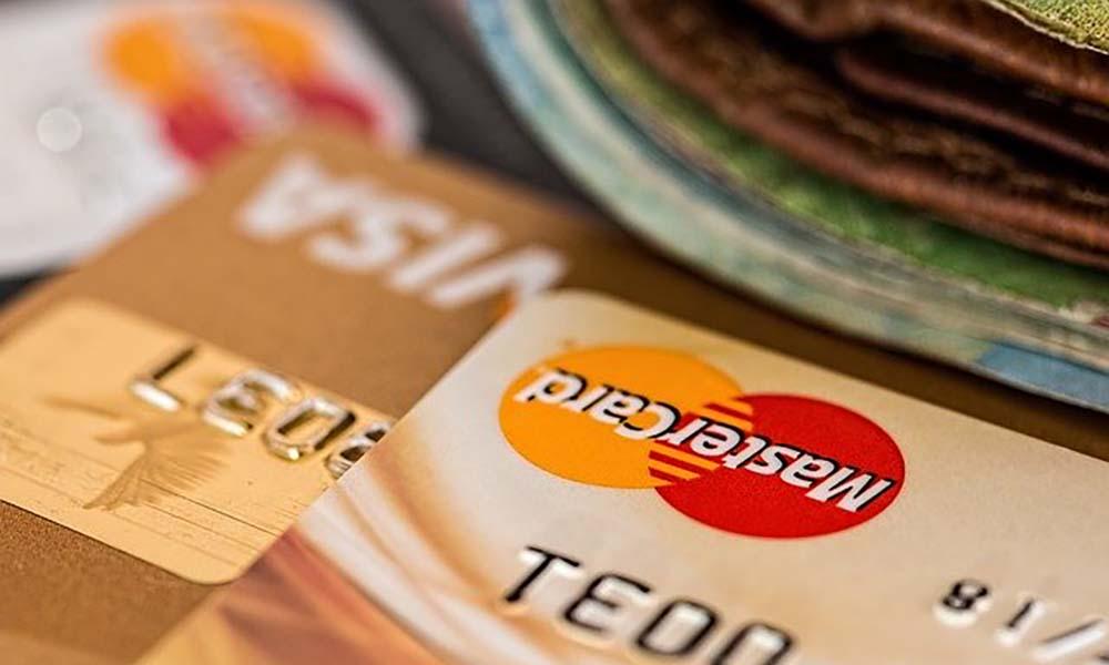 Brać czy nie brać? Zalety i wady pożyczek online