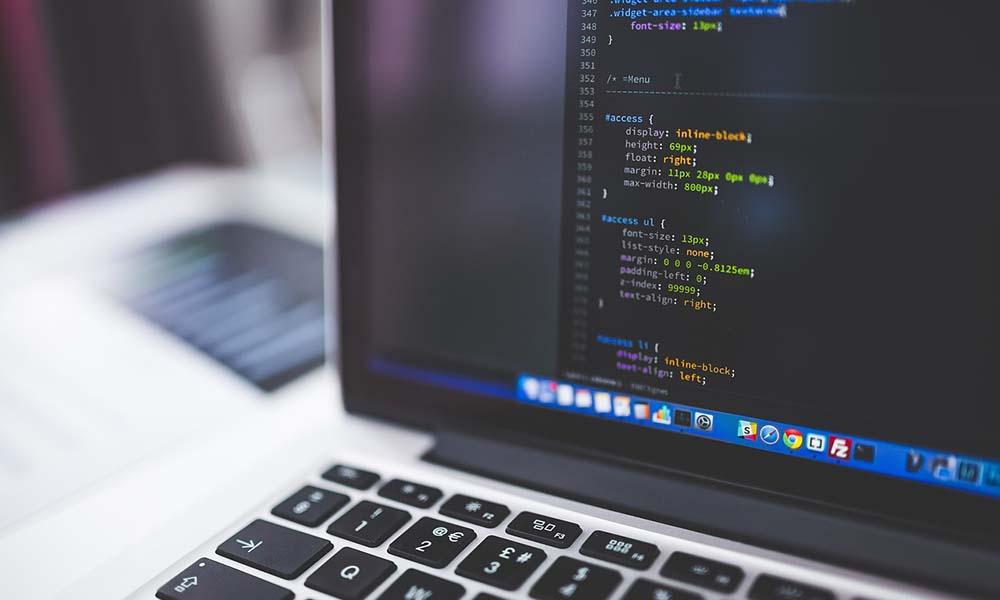 Kurs programowania online – dobre rozwiązanie dla młodzieży