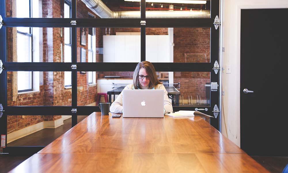 Przeniesienie biznesu do Internetu – ważniejsze niż kiedykolwiek