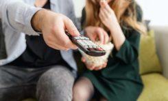 Dlaczego stojak do TV jest przydatnym rozwiązaniem domowym?