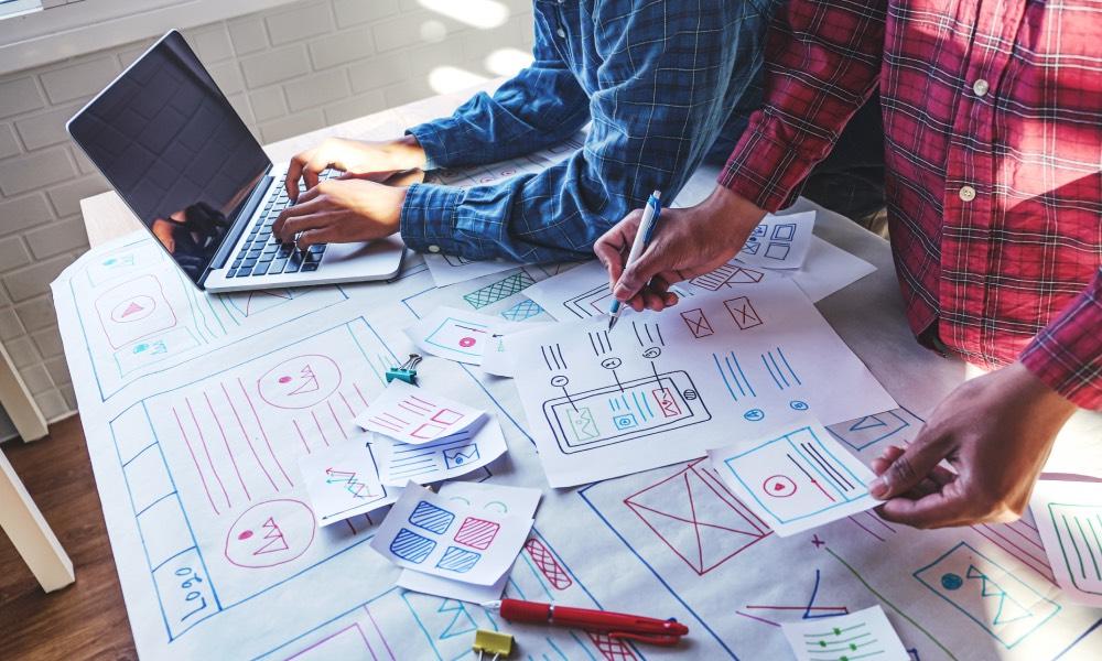 Naucz się projektowania z kursem online UX Designer od Future Collars
